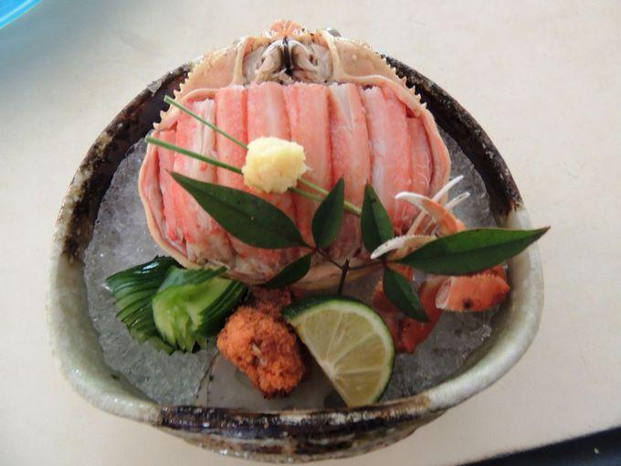 「香箱蟹」や料理長考案の創作蟹料理も美味!!