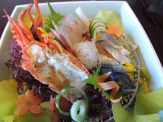 大分の旬の食材を使った料理を3つのレストランから選べる