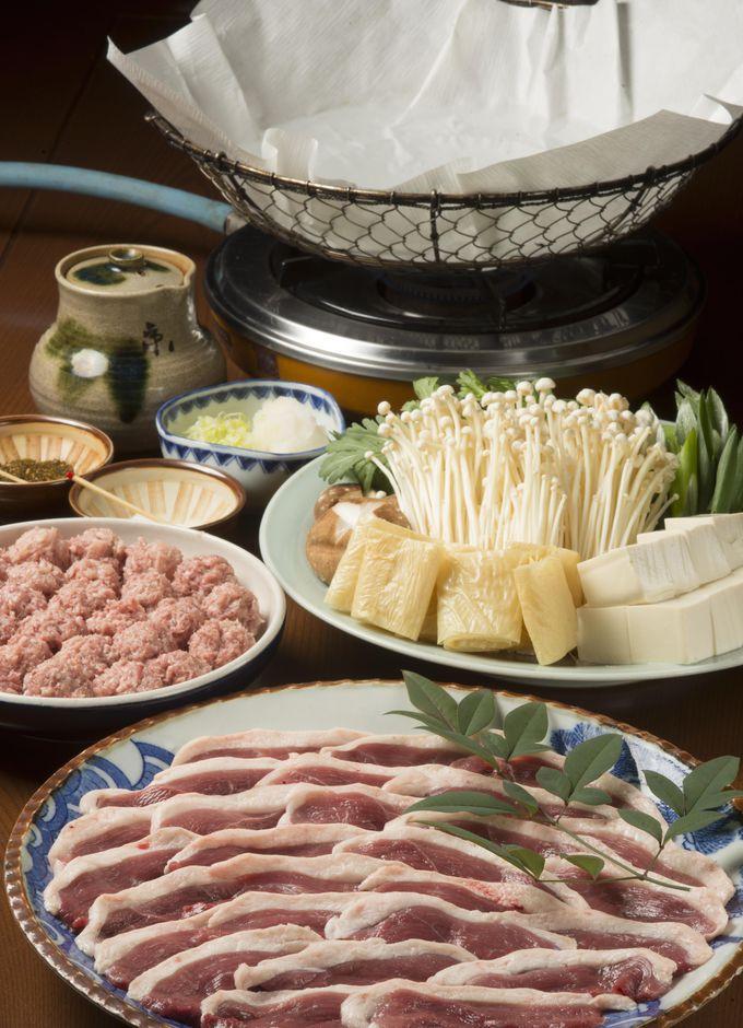 秘伝の紙鍋で煮る「きんなべ」の鴨鍋コース