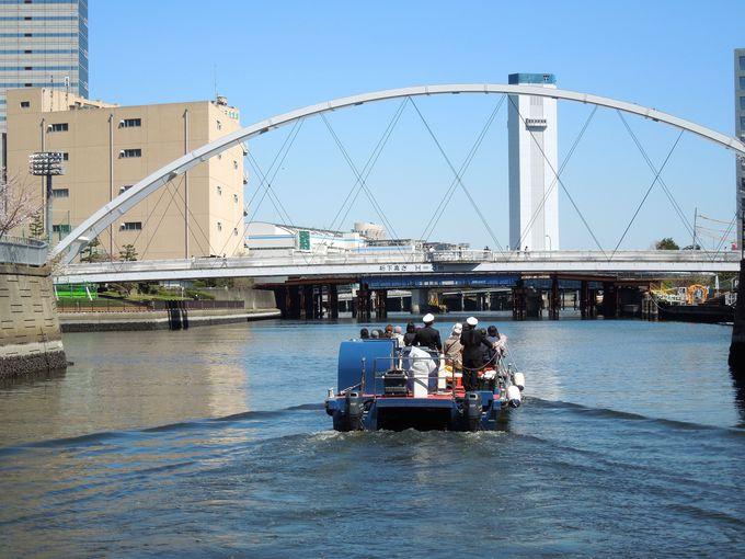 天王州アイルの運河から目黒川を遡るツアー