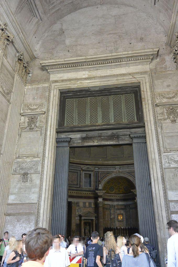 パンテオンを見ずしてローマを去るものは愚かなり