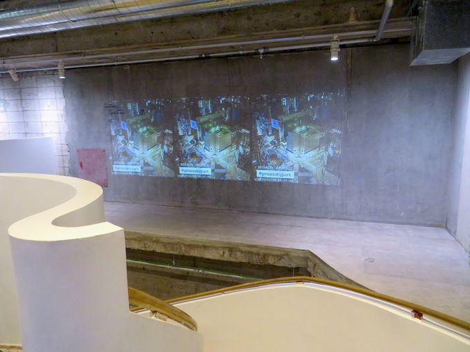 和スイーツやインベーダーゲームが楽しめる地下3階スペース