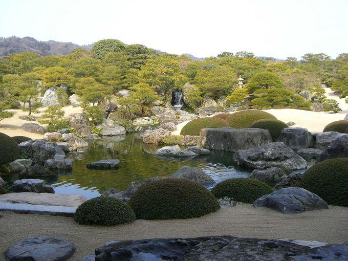 横山大観の名作をイメージした庭園
