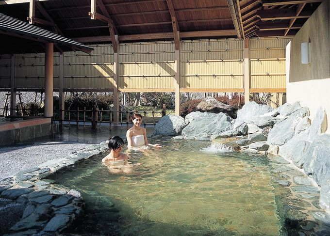 天然温泉の和風・洋風大浴場に露天風呂