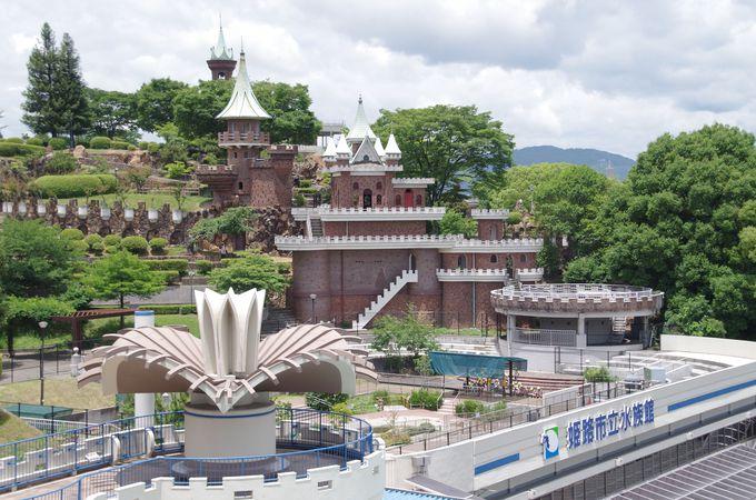 山の上の水族館でサメにタッチ!「姫路市立水族館」