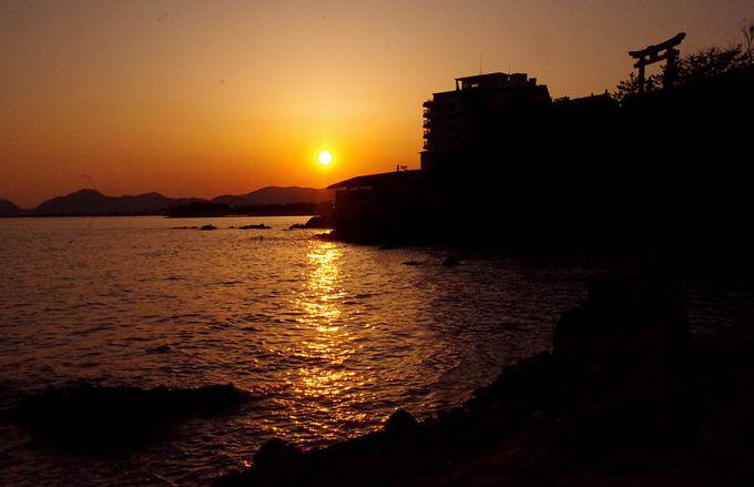 夕陽が絶景!縁結びの姫神さまにきらきら坂が人気「赤穂御崎」