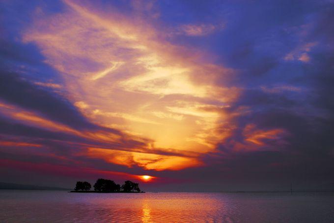 宍道湖名物「荘厳なる夕景」