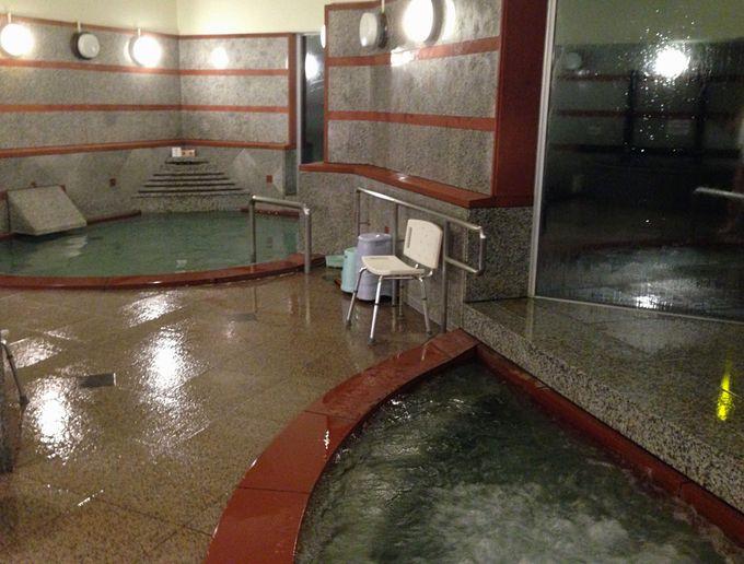 古くから知られていた霊泉。今は「美人の湯」とも