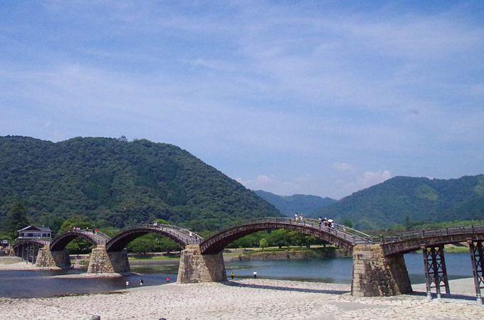 日本が世界に誇る観光名所!日本三名橋の一つ、岩国市「錦帯橋」