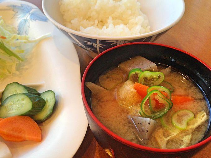 水戸プリンスホテルの名物朝食は、3種の納豆食べくらべ