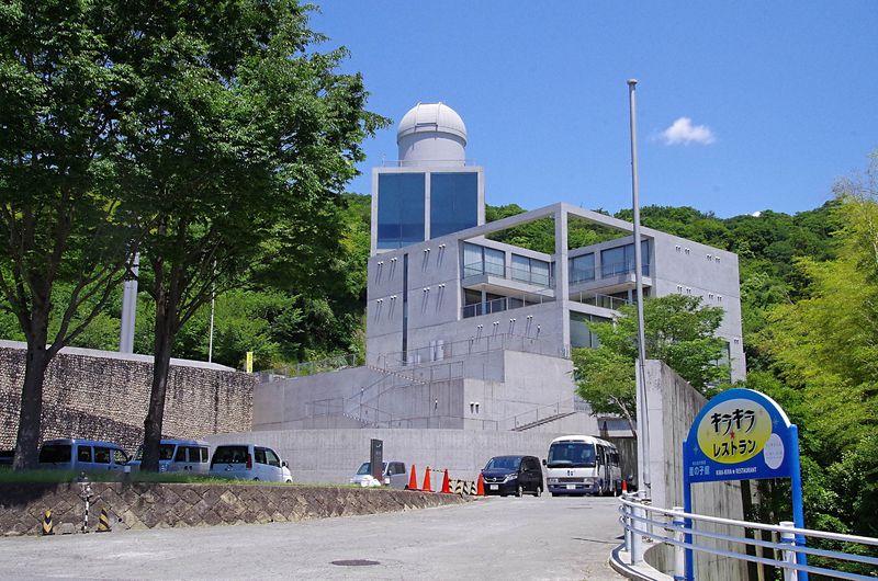 えっ、安藤忠雄設計ホテルが1泊3600円!?姫路「星の子館」