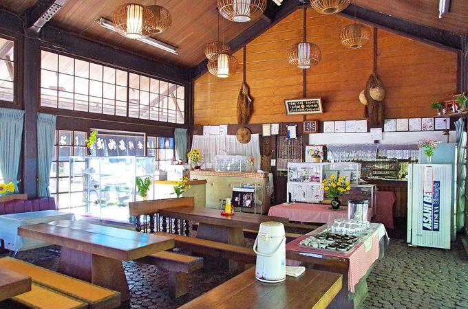 夏だけ営業、風情ある峠の茶屋