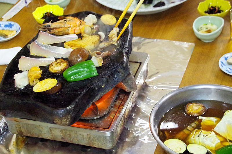 長崎県対馬はグルメの島!魚はもちろん肉や焼酎、スイーツまで