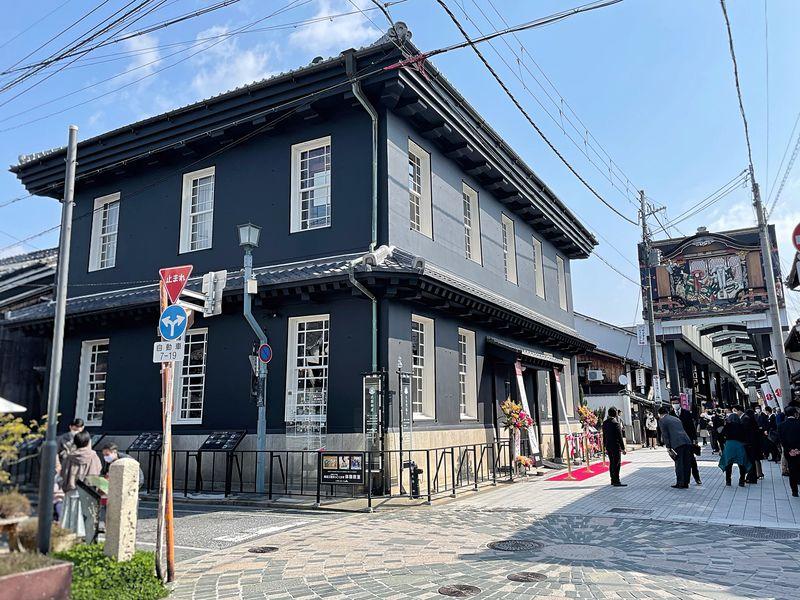 「黒壁ガラス館」がリニューアル!滋賀県長浜・黒壁スクエアで体験旅行