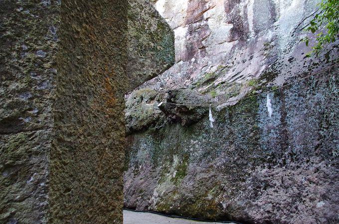 生石神社のパワースポット「石の宝殿」の参拝方法
