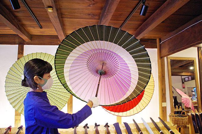 古い町並みで出会う伝統の技「岐阜和傘」