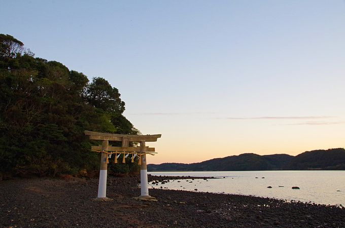 パワースポット「小島神社」神が宿る島
