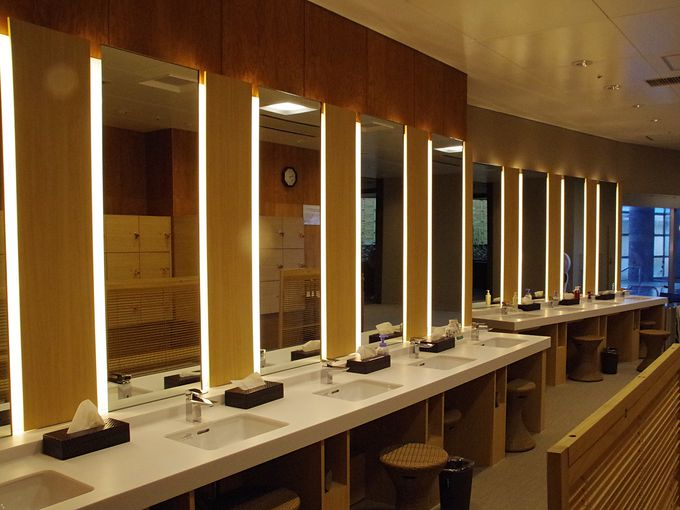 インフィニティ露天風呂など、リニューアルされた浴室