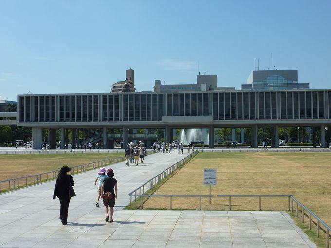 「広島平和記念資料館」で核による戦争の現実を見つめる
