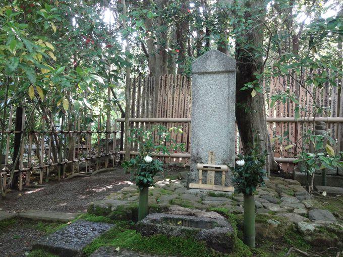 光悦の墓所に参拝し、日本古来の芸術文化に想いを馳せよう
