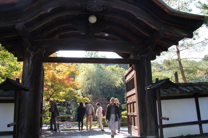 石川五右衛門「絶景かな」で有名な「南禅寺山門」のすぐ近く「金地院」へ