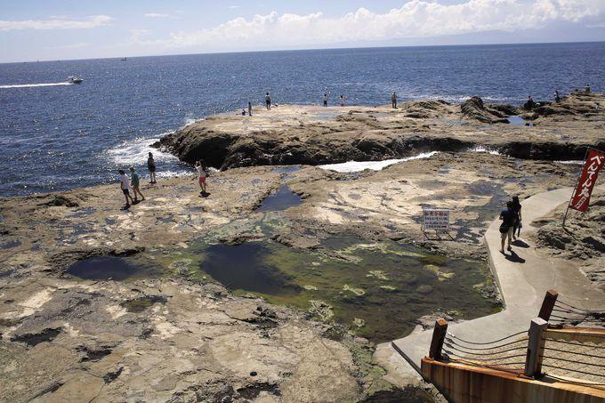 上陸・江の島岩屋