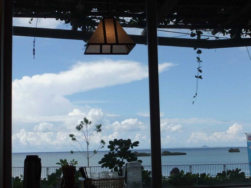 行列&売切必至!沖縄好きが勧める恩納村のはずせない人気グルメスポット