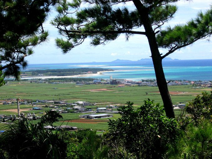 久米島を一望できる絶好のビュースポット