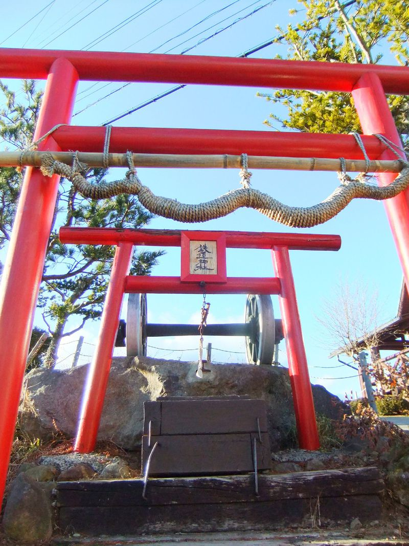 全国的にも珍しいご神体!長野「鉄道神社」で幸福&合格祈願!