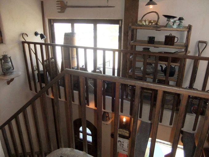 イートインスペースの2階は更に遊び心いっぱいの空間!