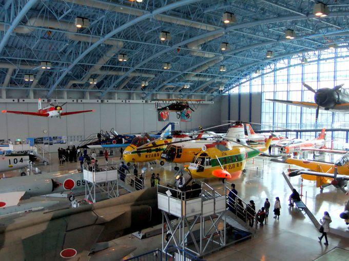 フライトスーツ体験試着やお気に入りの航空機へ搭乗体験!