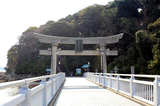 蒲郡のシンボル的存在「竹島」