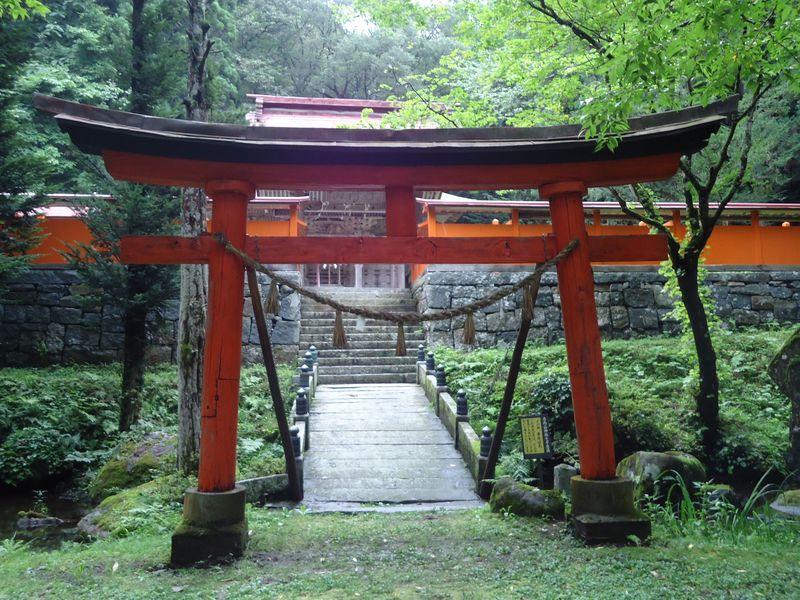 坂上田村麻呂も恐れた!?アラハバキを祀る・花巻「丹内山神社」