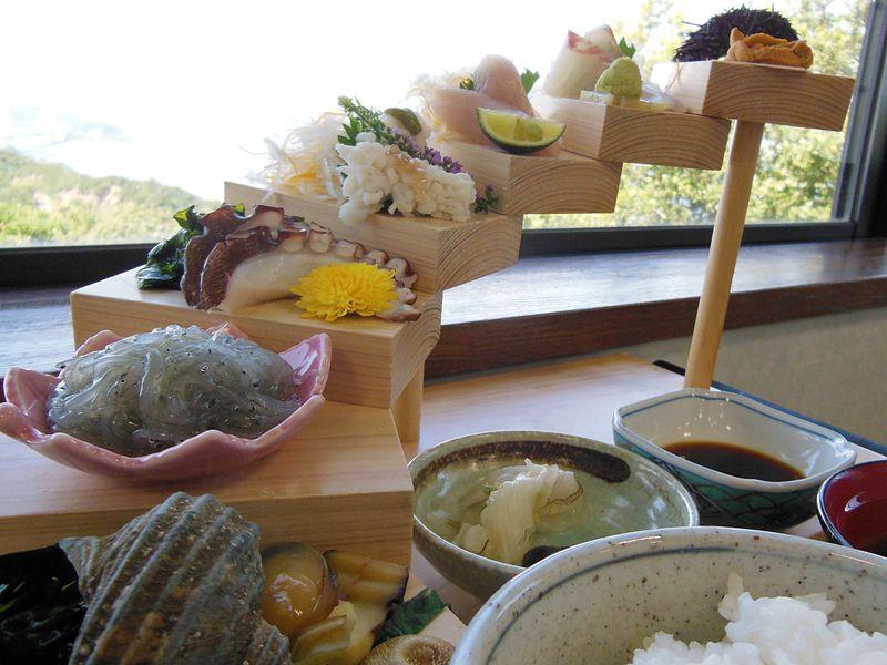 淡路島グルメ・お土産ぜんぶアリ!絶景レストランうずの丘