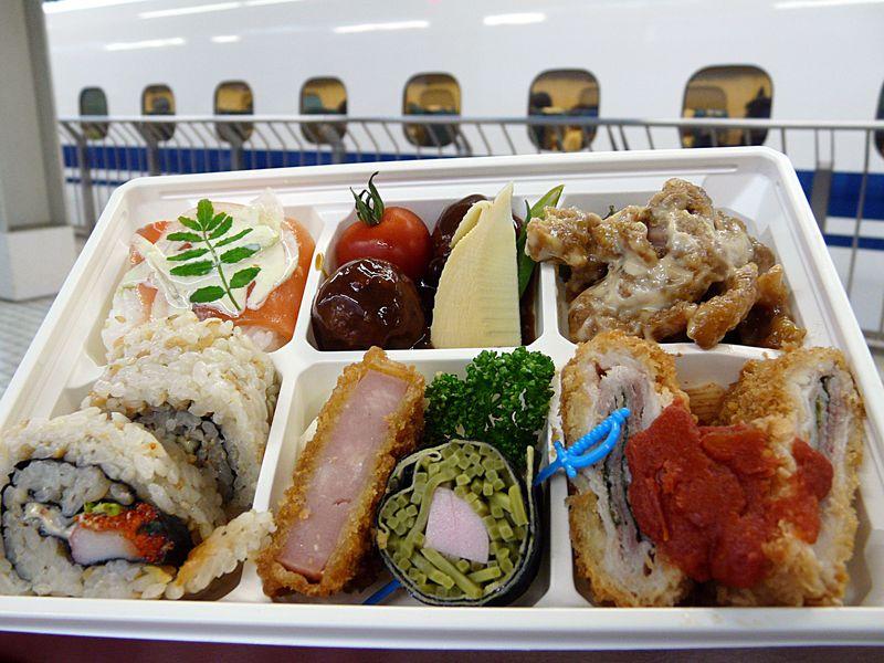 老舗から人気レストランまで!京都駅のオススメ駅弁5選