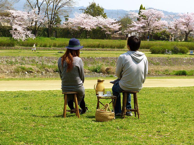 京都の鴨川で手ぶらピクニック!素敵すぎカフェWIFE&HUSBAND