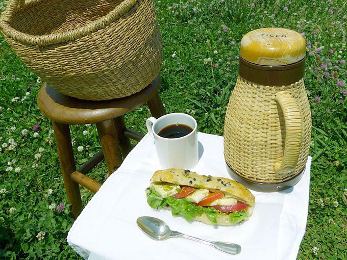 ピクニックセットは基本のコーヒーとラスク