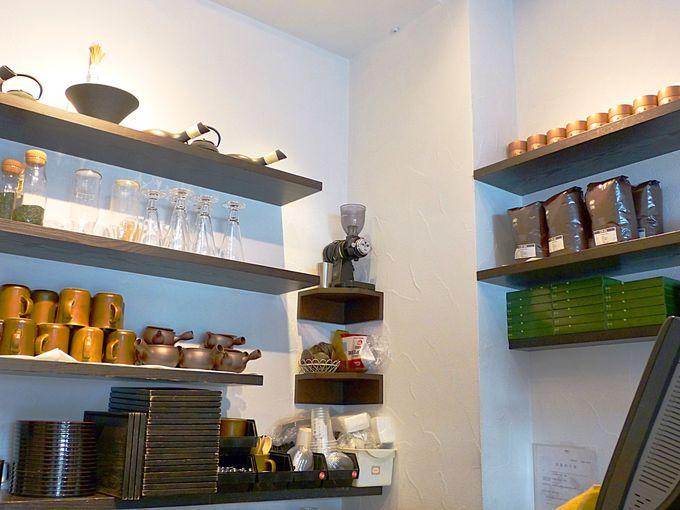 行列の先の気になる抹茶館の店内紹介