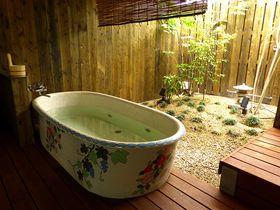 ホステル淡海は露天風呂も超オシャレ!大阪の有名商店街すぐ