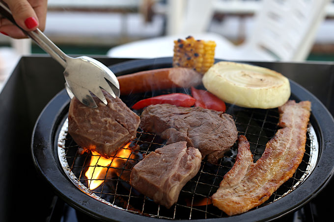 お肉をガッツリ食べるならBBQスタイル