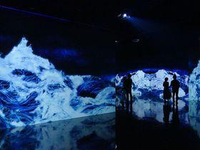 千住 博 & チームラボ コラボレーション展「水」!水都大阪でアートの世界へ