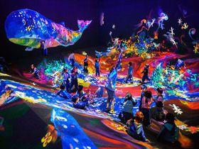 「チームラボ 学ぶ!未来の遊園地」大阪あべのハルカス美術館で遊び学ぶ