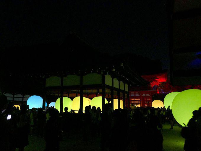下鴨神社の中にも光の球体