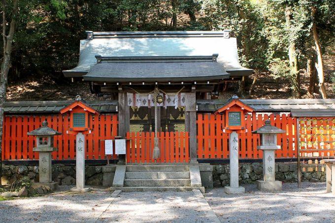 『嵐山モンキーパークいわたやま』への出発は、縁結びの『檪谷宗像神社』から!