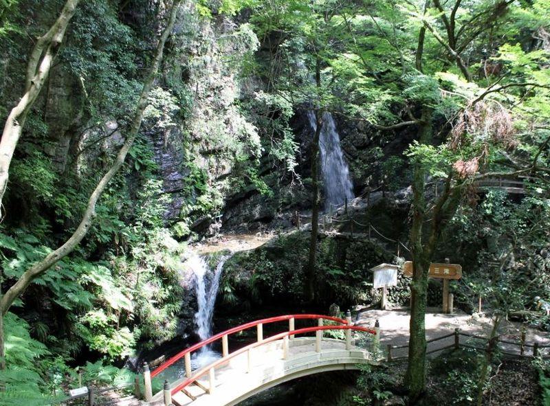 越生(おごせ)のパワースポット『黒山三滝 & 龍穏寺』を巡る