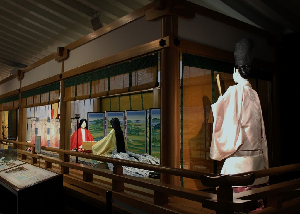平安絵巻の世界が広がる!京都・宇治市源氏物語ミュージアム