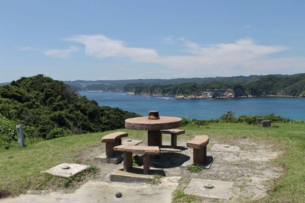 勝浦の海岸線を一望できる絶景スポット