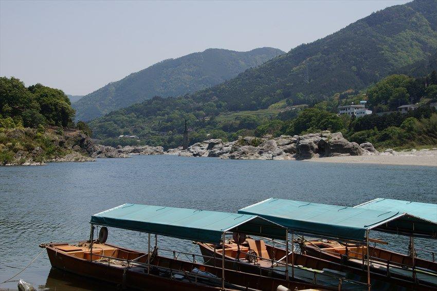 徳島が誇る名勝「吉野川」を遊覧船で気軽にクルーズ