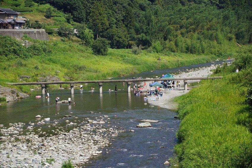 日本の原風景ともいえる穴吹川周辺