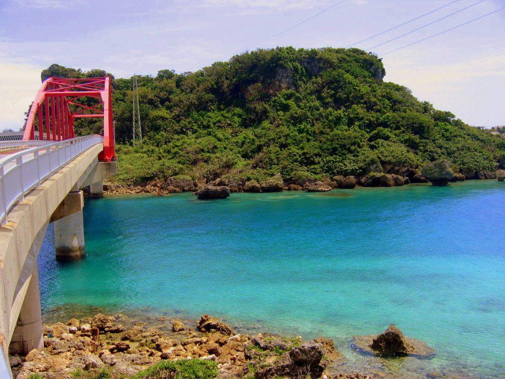 絶景ビーチも豊富な隠れ家リゾートアイランド「伊計島」